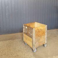 salg af Plantekasse på hjul 36x36 højde 48,5 cm