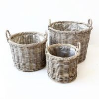 salg af Rattan kurv m/plast - lys grå - 40 x 40 cm.